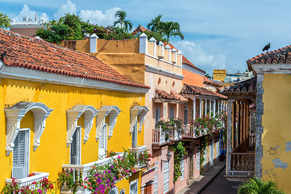 shutterstock_188799671_Cartagena_historic-buildings_600x400_web.jpg